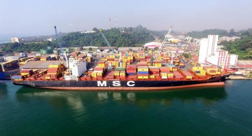 Le navire M/V SHAULA, un mastodonte de 275 mètres reçu feature image