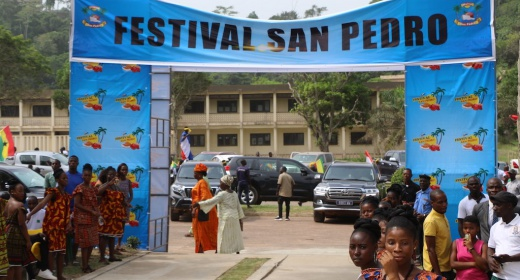 Festival de San Pedro / Le Port Autonome de San Pedro se fait proche de la population de San Pedro feature image