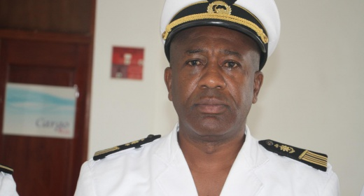 Le commandant AMARA KONE, Sous-Chef d'Etat-major de la marine nationale en visite au port de San Pedro feature image
