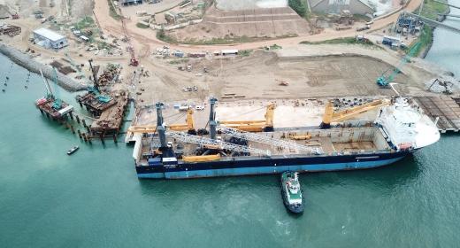 Le Terminal Industriel Polyvalent de San Pedro (TIPSP) accueille ses deux premières grues mobiles  feature image